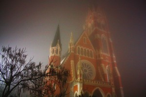 Herz-Jesu church glowing in night fog in Graz!
